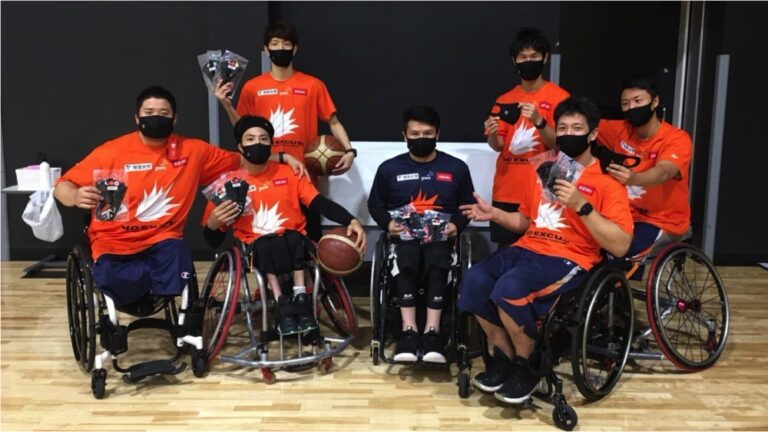 日本を代表する香西選手が在籍する車椅子バスケットボールチーム「NO EXCUSE」に RDXマスクを提供させて頂きました!